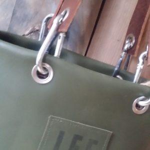LEF tas gemaakt van groen leer uit Marrakech